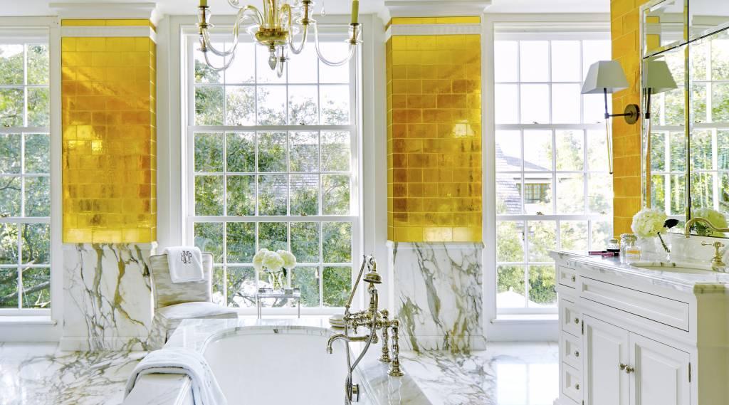 Altın Temalı Ve Doğal Granit Banyolar